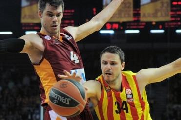 foto: euroleague.net / Boštjan Nachbar se je vrnil v akcijo